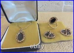 Beautiful Set Of Wedgwood Black Colour Ring, Earrings, Pendant 9ct Gold