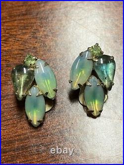 Vintage costume jewelry lot Rings Earrings Pendants Collection Bakelite